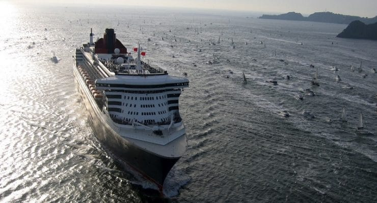 The Queen Mary 2 setting sail