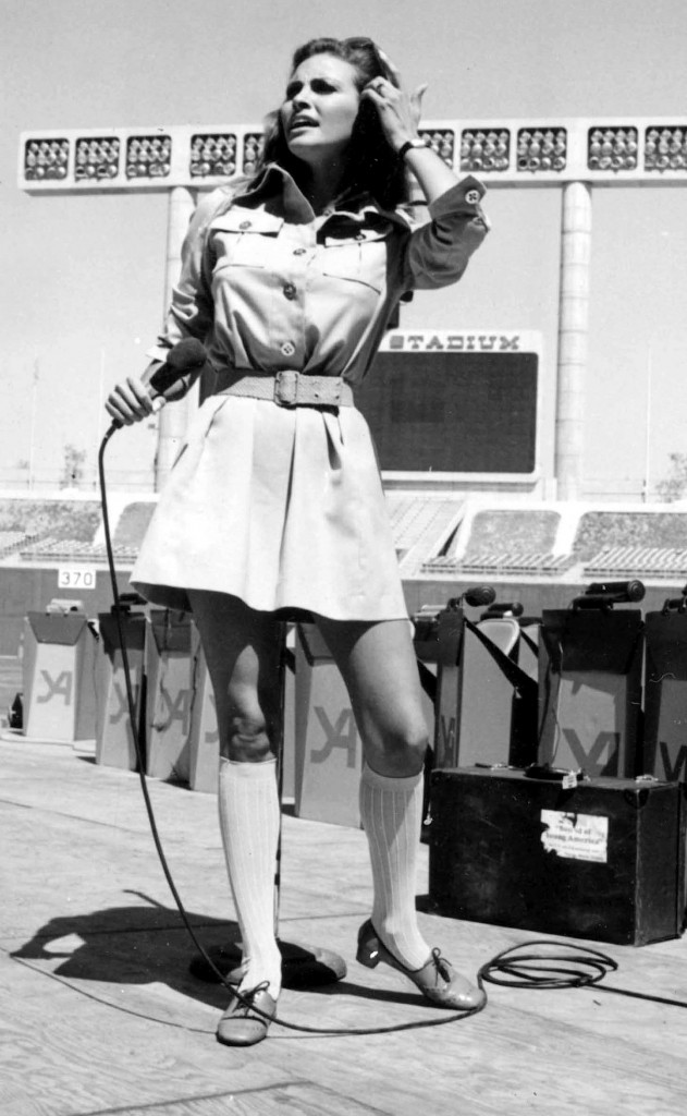 RAQUEL WELCH DODGER STADIUM, LOS ANGELESPHOTO BY TED LAU/GLOBE PHOTOS