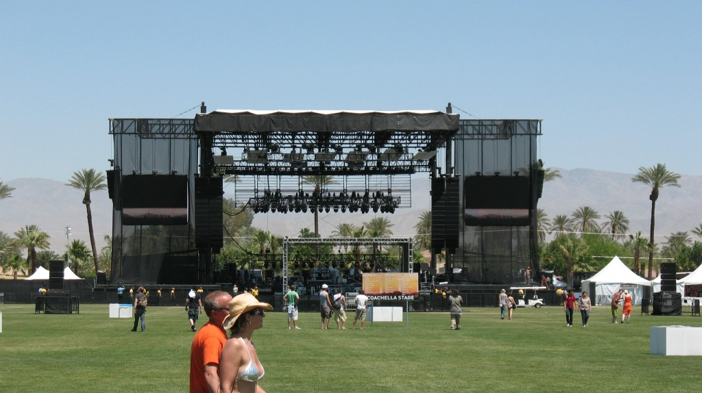 Coachella_2007_Main_Stage