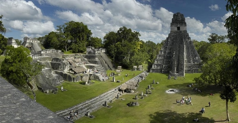 Temples in the centre of the forgotten city of Tikal