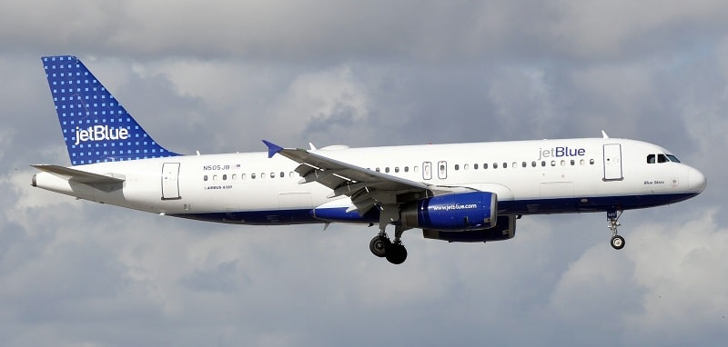 A JetBlue plane in mid-flight