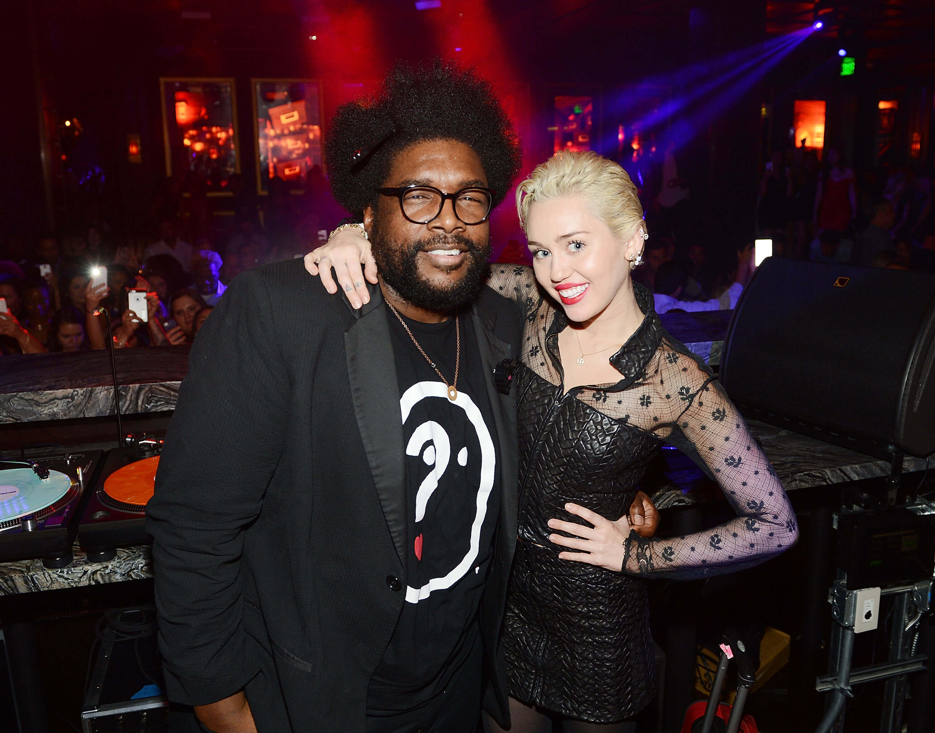 LAS VEGAS, NV - MARCH 21:  Questlove and Miley Cyrus attend Heart of OMNIA in Caesars Palace on March 21, 2015 in Las Vegas, Nevada.  (Photo by Denise Truscello/WireImage)