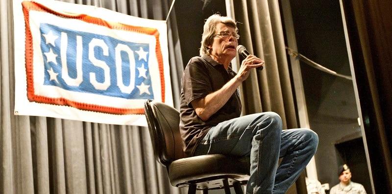 Stephen King addressing an audience