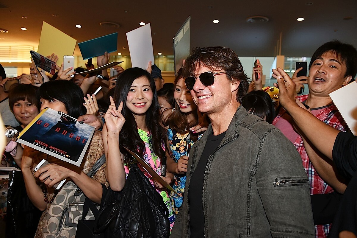 Tom Cruise and co hit Japan in support of Rogue Nation (pics)