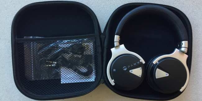 Review: Paww SoundBox 10 and headphones