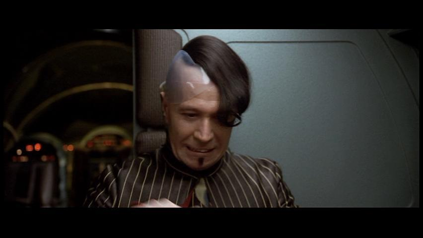 The-Fifth-Element-gary-oldman-1533211-852-480