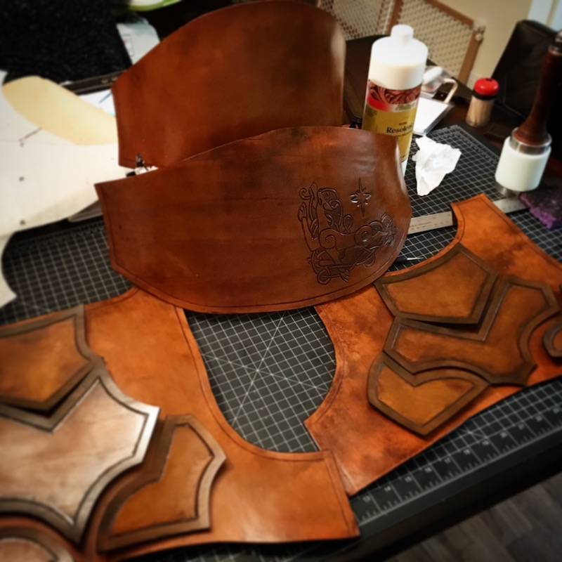 guy-makes-own-leather-armor-17