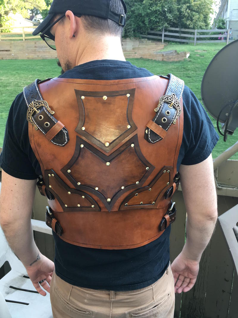 guy-makes-own-leather-armor-20