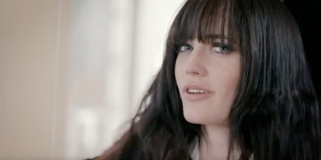 Watch Eva Green in the new French Girl Hair commercial for L'Oreal