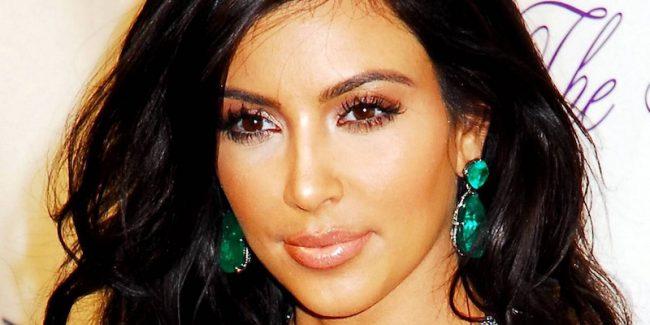 Kim Kardashian calls for stricter gun control after Orlando shooting