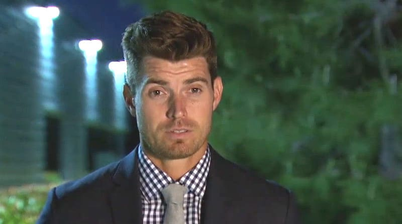 Luke Reveals Why He Pulled JoJo Aside On Tonights Episode Of The Bachelorette