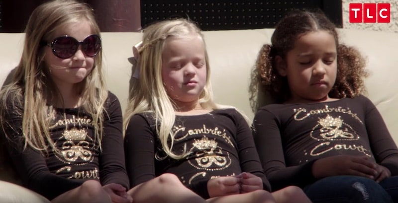 Girls getting hypnosis on Toddlers & Tiaras