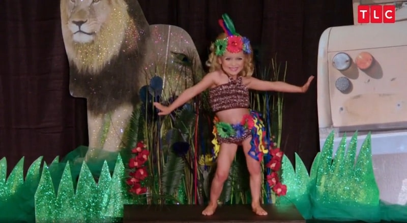 Toddlers & Tiaras: Competiton is FIERCE at this Jungle Safari Pageant