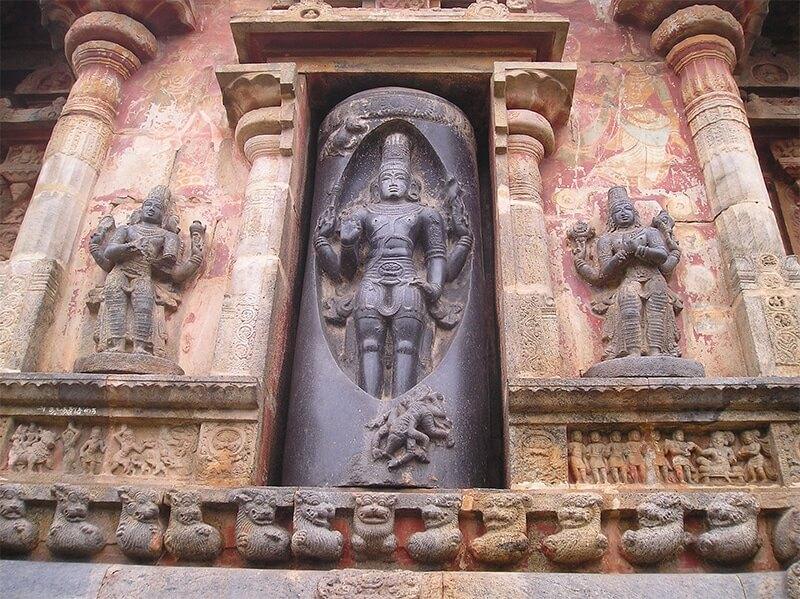 Shiva shown ascending a pillar of fire