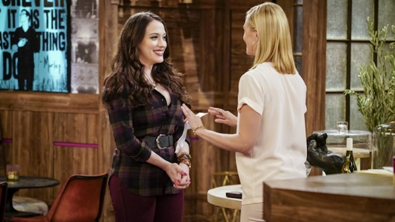 Max and Caroline in the Season 6 opener of 2 Broke Girls tonight on CBS