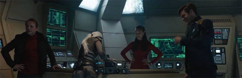 "Star Trek Beyond gag reel ""It's too short"" says Sofia Boutella. ""That's not the first girl that's said that to me"" quips Simon Pegg."