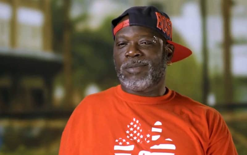 earl pit bulls and parolees 1 1 - Dogs help Earl get sober in emotional Pit Bulls and Parolees