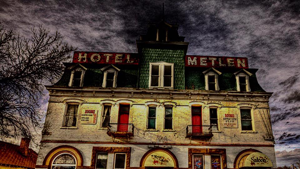 Ghost Adventures heads to Hotel Metlen