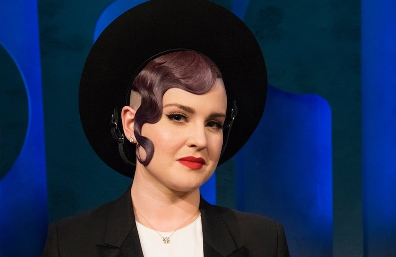 Kelly Osbourne looking stunning as she appears as a guest judge on Project Runway