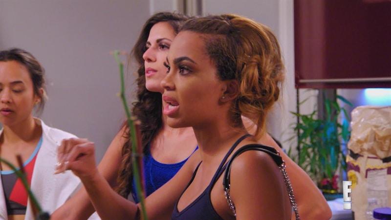 maya catching kelce - Travis Kelce's girlfriend Maya Benberry gets horrific online threats