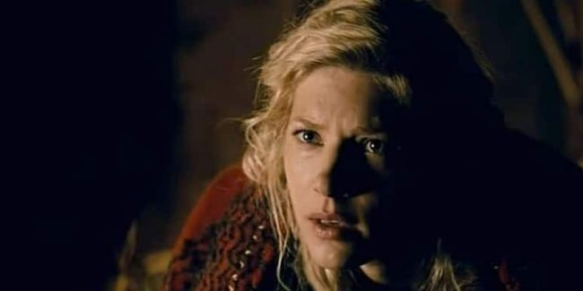 Lagertha feels Ivar's intentions and consults the Seer for advice in Vikings