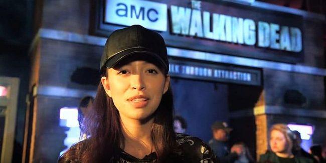 Viva Rosita: Walking Dead's Christian Serratos freaks out at Universal Studios Hollywood