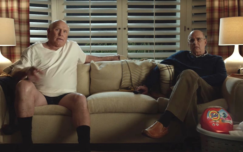 watch terry bradshaw and jeffrey tambor in tide super bowl 2017 commercial. Black Bedroom Furniture Sets. Home Design Ideas