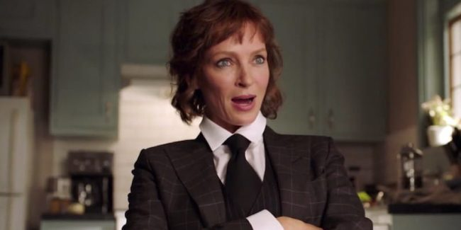 Uma Thurman as Lenny Cohen talking to Maddie in this week's episode of Imposters