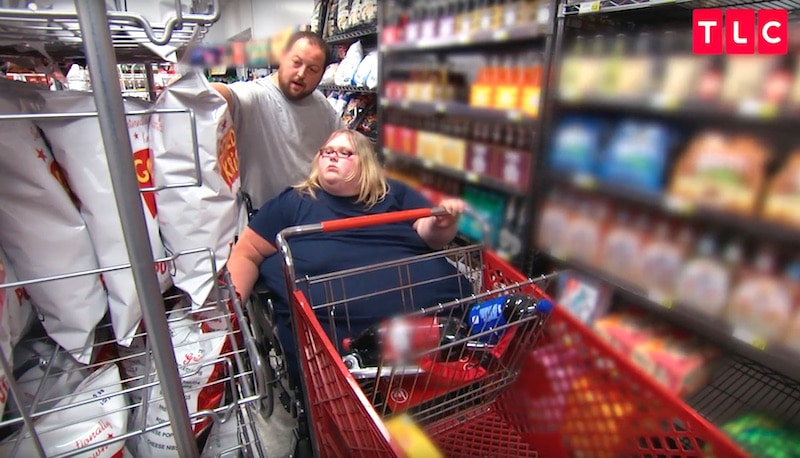"""Nicole and Charlie, who both love to eat goodies, on a""""romantic"""" trip to shop for junk food"""