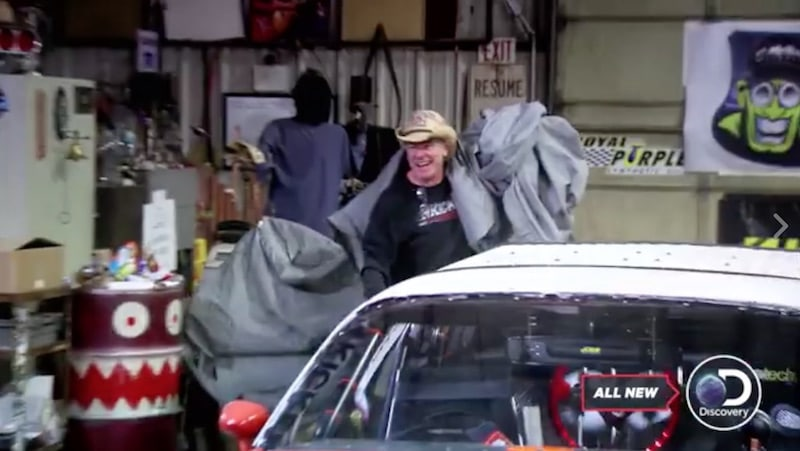 Farmtruck whips a cover off the car in front of AZN