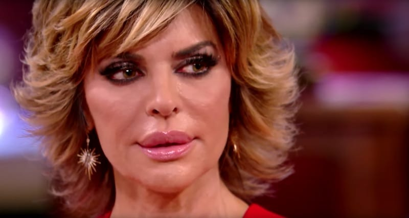 weeping lisa rinna walks out of rhobh reunion after kim richards