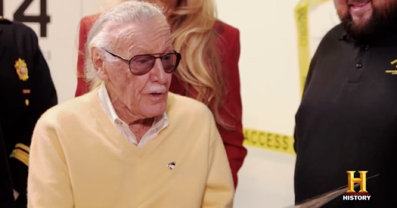 Stan Lee helps out the Pawn Stars