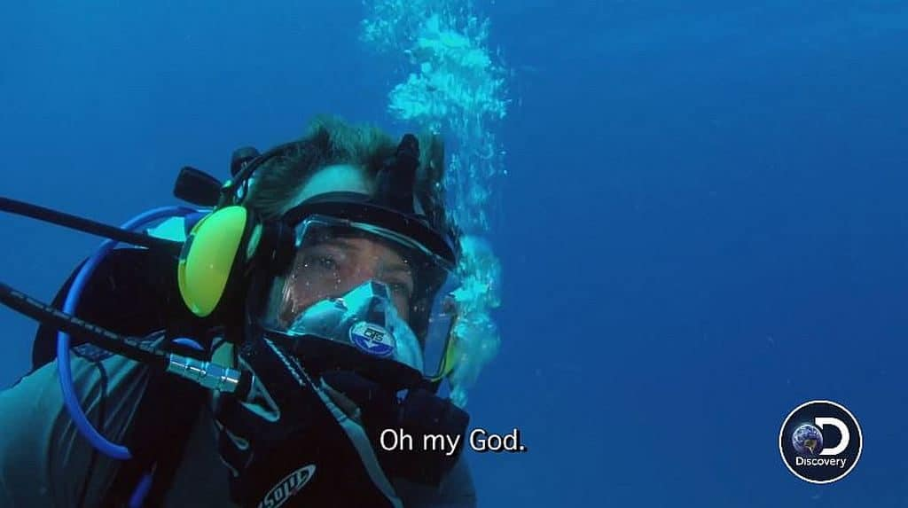 Darrell Miklos underwater saying 'Oh my God' as he spots the anchor while diving
