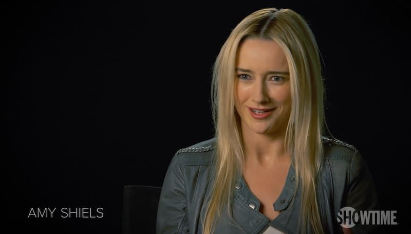 Twin Peaks star Amy Shiels talking to the camera