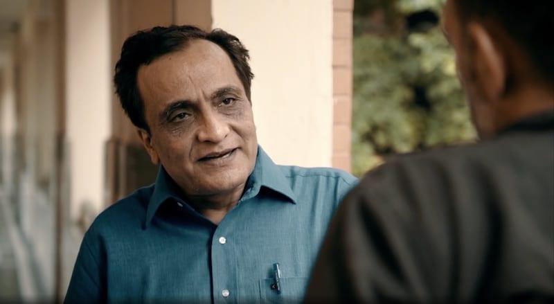 Psychiatrist Dr. Nimesh Desai talking to Paul Mungeam on Expedition Mungo