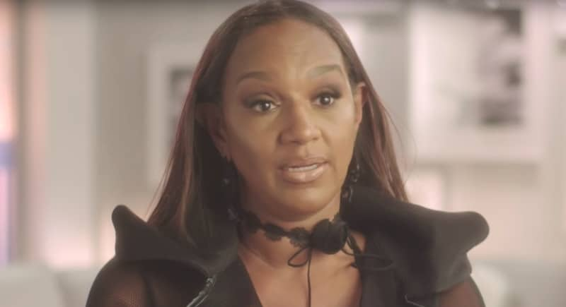 Jackie Christie talking to the camera on Basketball Wives