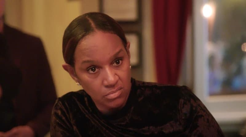 Jackie Christie sneering at Evelyn Lozada on Basketball Wives