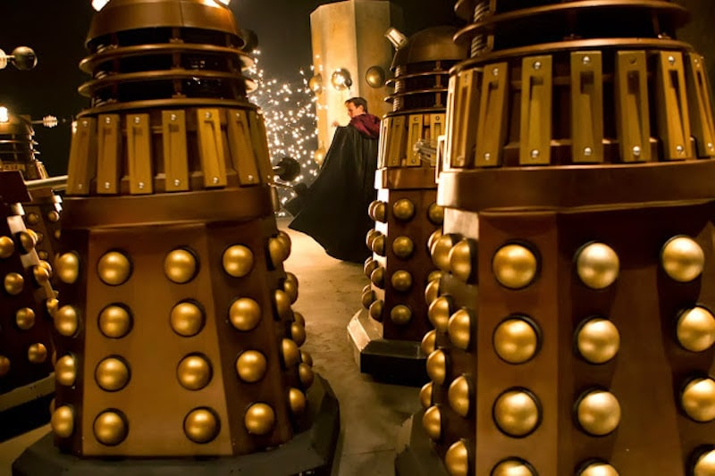 The Daleks chasing the Doctor