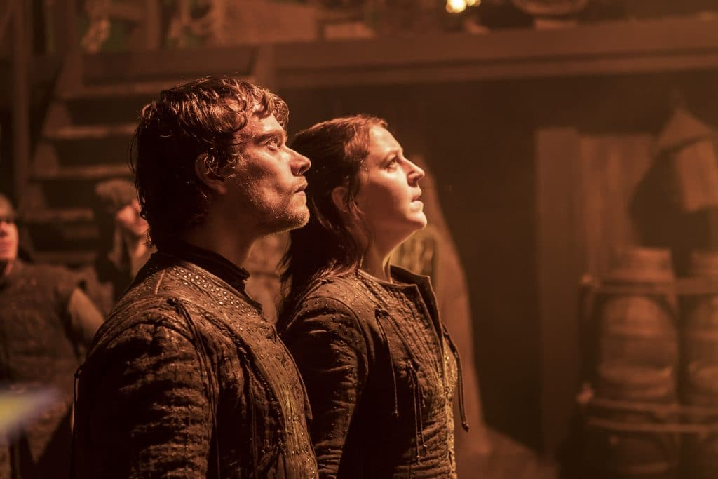 Theon Greyjoy (Alfie Allen) and Yara Greyjoy (Gemma Whelan)