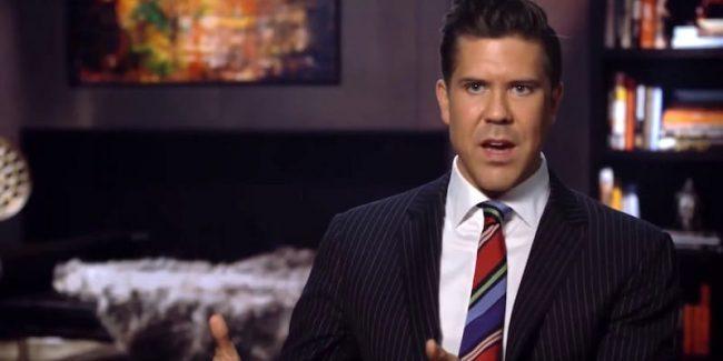 Fredrik Eklund speaking to the camera on Million Dollar Listing New York