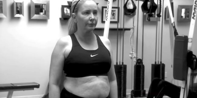 Shannon Beador in a gym top with her belly showing on The Real Housewives of Orange County
