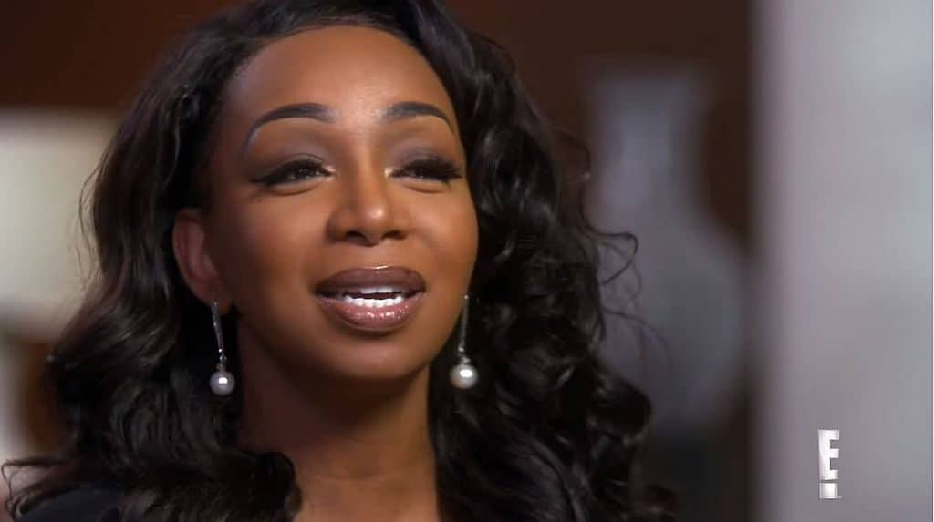 Tiffany Pollard talking to the camera on Famously Single