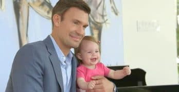Jeff and daughter Monroe during her photoshoot