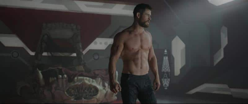 Chris Hemsworth topless