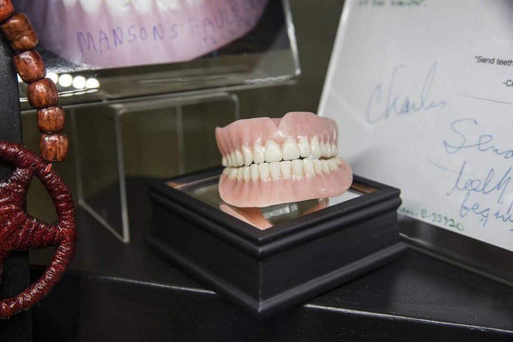 Charles Manson's false teeth