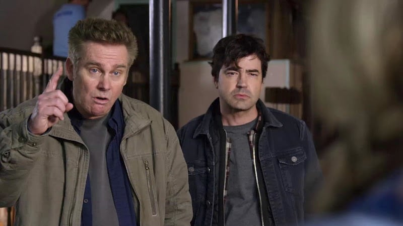 Brian Regan as Mugsy and Ron Livingston as Loudermilk