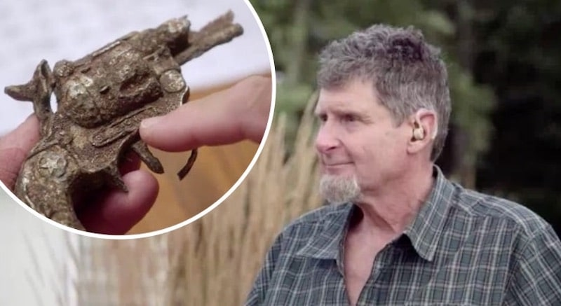 Rick Restall and toy gun on The Curse of Oak Island
