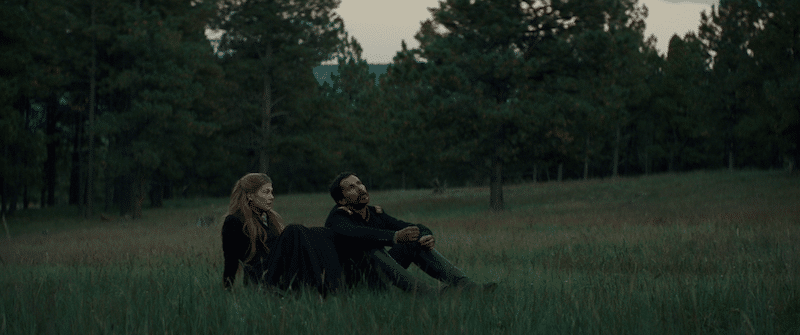 Hostiles - Rosamund Pike and Christian Bale