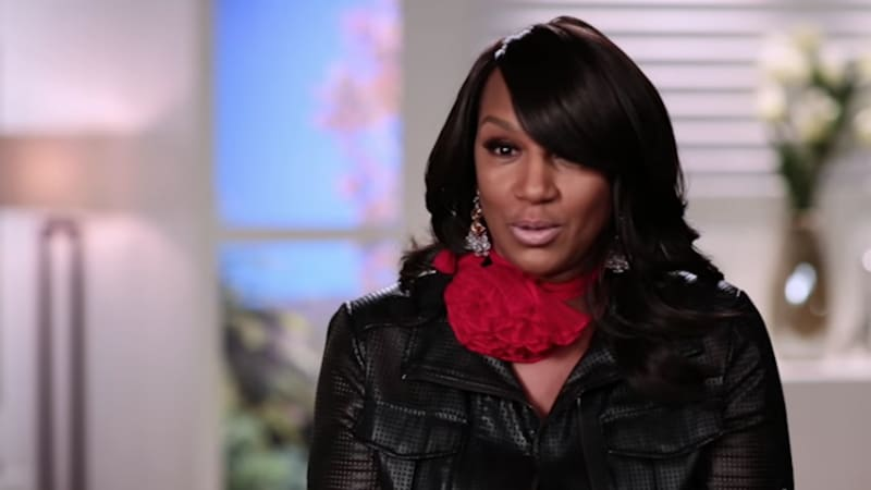 Jackie Christie begs Savannah James to join Basketball Wives