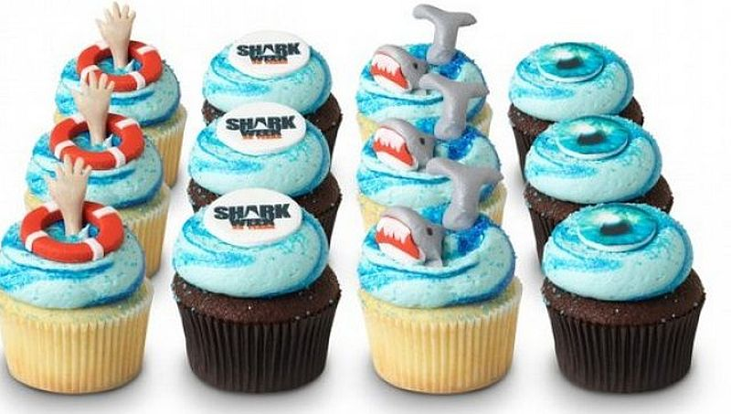 Georgetown Cupcake goes all out in their Shark Week cakes!